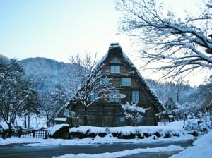 岐阜の風景・雪と合掌造