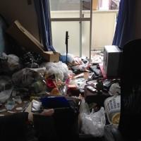 不用品、大量ゴミを片付ける前2