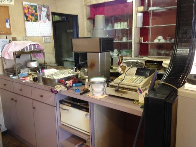 閉店にともなう不用品回収・解体も行ないます。