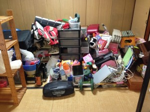 細かい生活用品の回収前